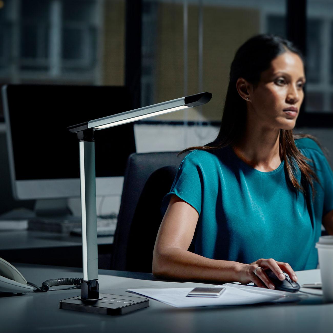 LED Schreibtischleuchte schwenkbar dimmbar schwarz - 2