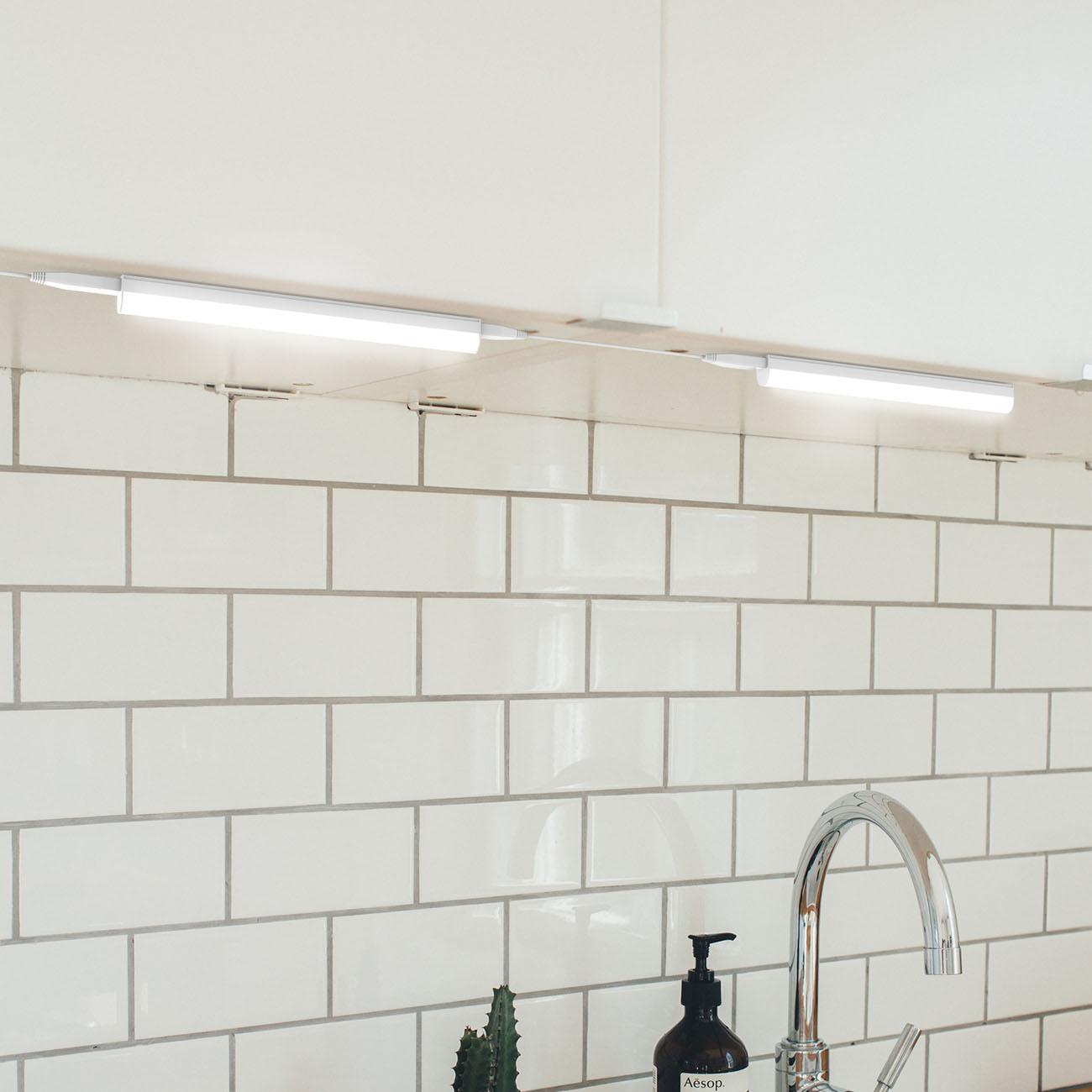 LED Unterbauleuchte Lichtleiste mit Verbindungskabel - 4