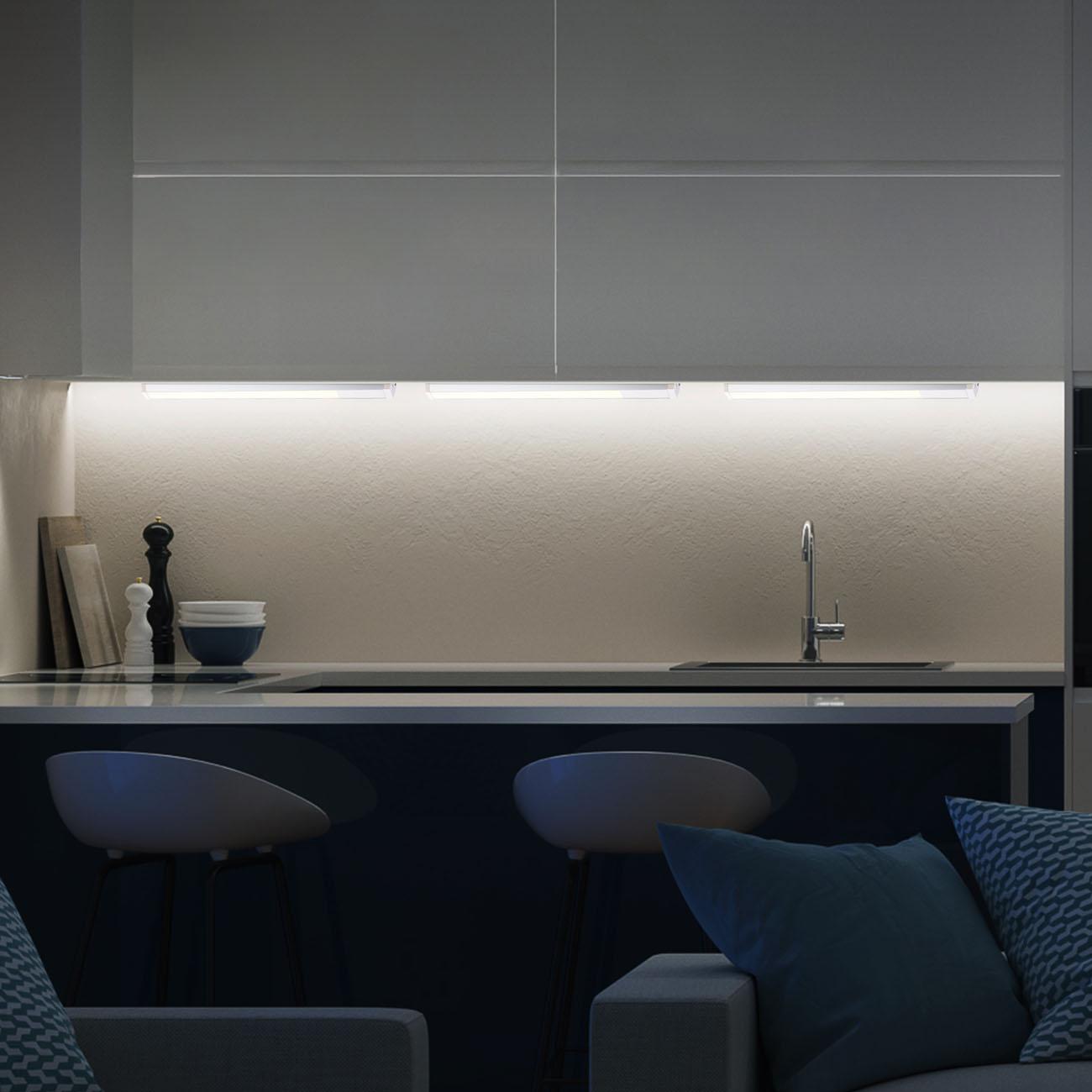 LED Unterbauleuchte weiß-silber