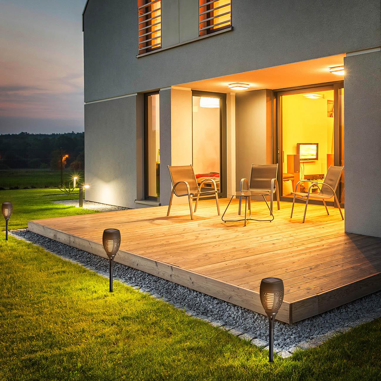 Solar Fackeln | LED Wegeleuchten mit Erspieß und Sensor | 4er Set